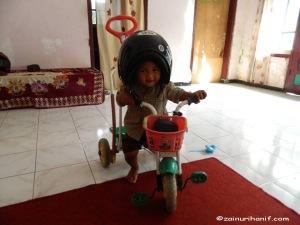 Muhammad Zain Fadhil (21 bulan)