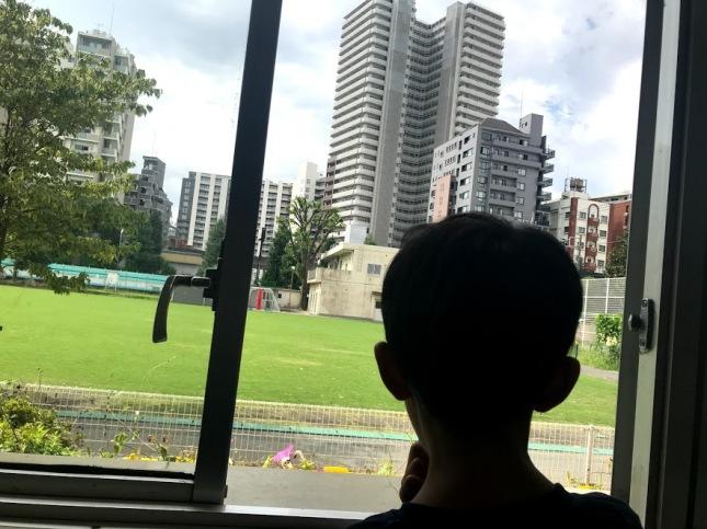 Fadhil di Sekolah